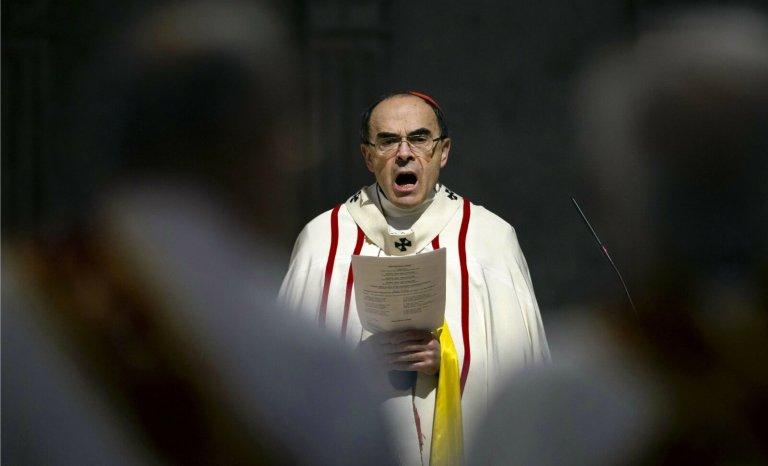 Pédophilie dans l'Eglise: journalistes, tapez fort mais tapez juste!