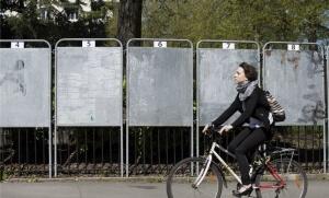 Panneaux électoraux à Nantes, avril 2017. SIPA. 00800805_000002