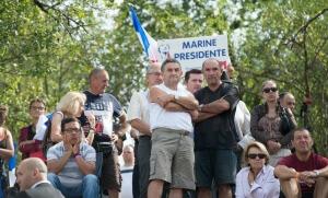 Des amateurs de Marine Le Pen à Brachay, septembre 2016. SIPA. 00770211_000048