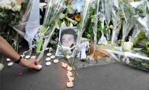 Hommage aux victimes de la famille Dupont de Ligonnès à Nantes, avril 2011. SIPA. 00618057_000038