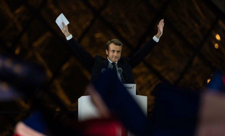 Louvre: le premier sacre du président Macron
