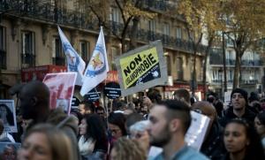 """""""Marche pour la dignité"""" contre le racisme et les violences policières, octobre 2015. SIPA. 00728849_000029"""