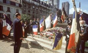 Jacques Chirac assiste à la cérémonie commémorative de la rafle du Vel' d'Hiv', juillet 1995. SIPA. 00265144_000007