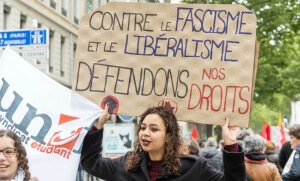 Manifestation anti-FN à Paris, le 1er mai 2017. SIPA. 00804679_000009