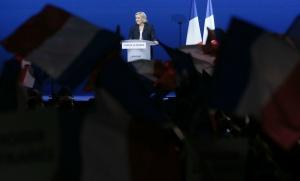 Réunion publique de Marine Le Pen à Villepinte, mai 2017. SIPA. AP22046902_000039
