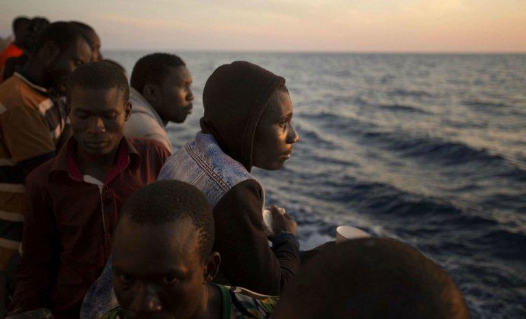 Migrants en Italie: que trafiquent donc les ONG?