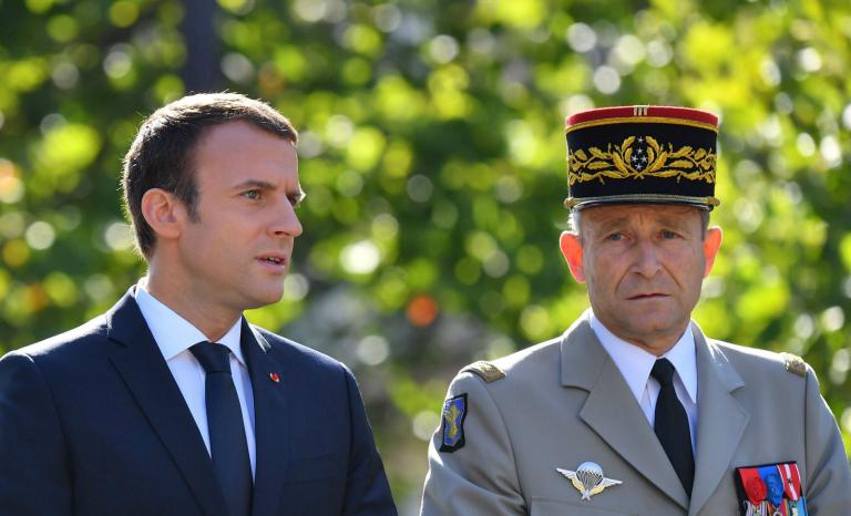 Démission de Pierre De Villiers: l'armée doit être loyale au peuple, pas à Emmanuel Macron