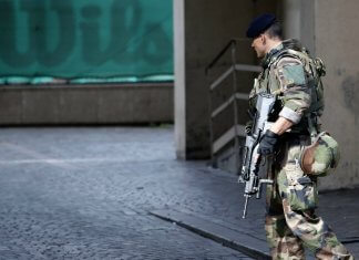 sentinelle armee parly macron