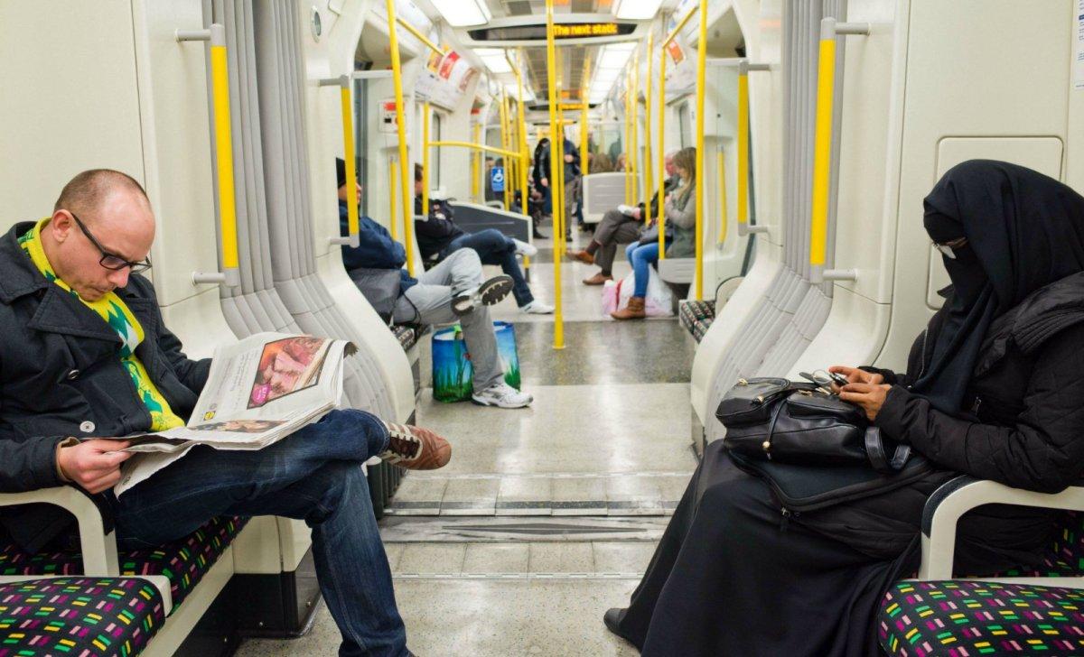 burqa islam norvege presse
