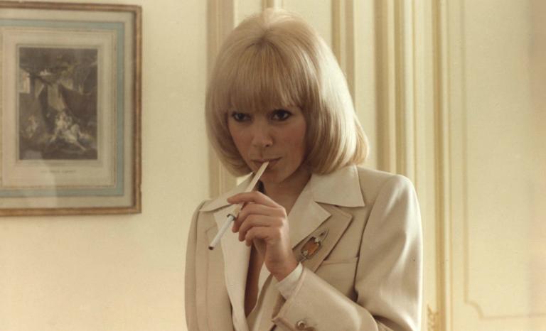 Mireille Darc, la grande blonde avec un talent fou
