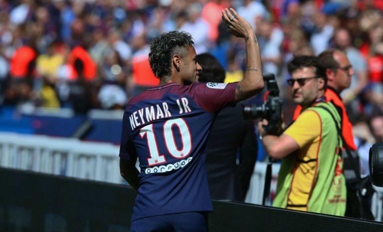 Neymar vaut bien un maillot