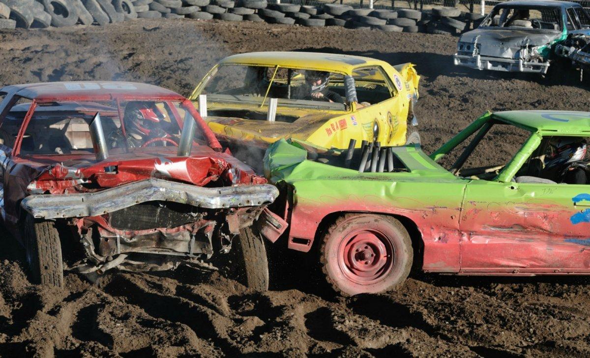 demolition derby stock car