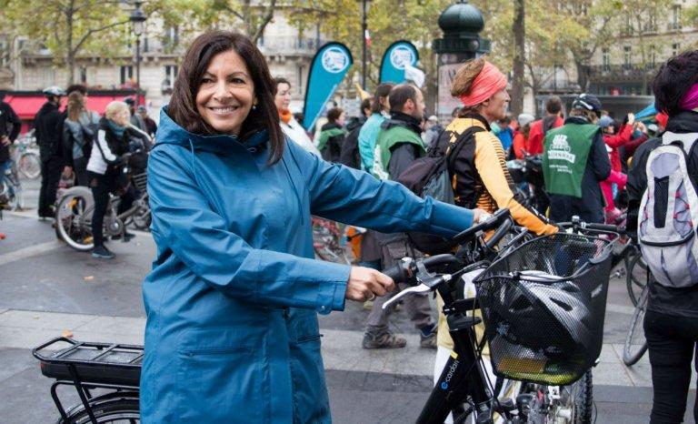 A Paris, une journée sans voiture… sans pauvres et sans vieux!