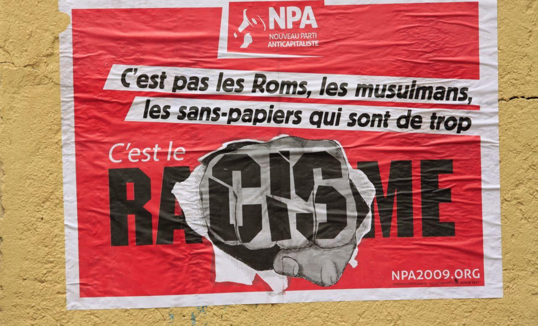 LA ZAD EN L'ÉTROIT TERRITOIRE - L'OUTRE-RÉEL IV.2 Racisme-npa-antiracisme-affiche