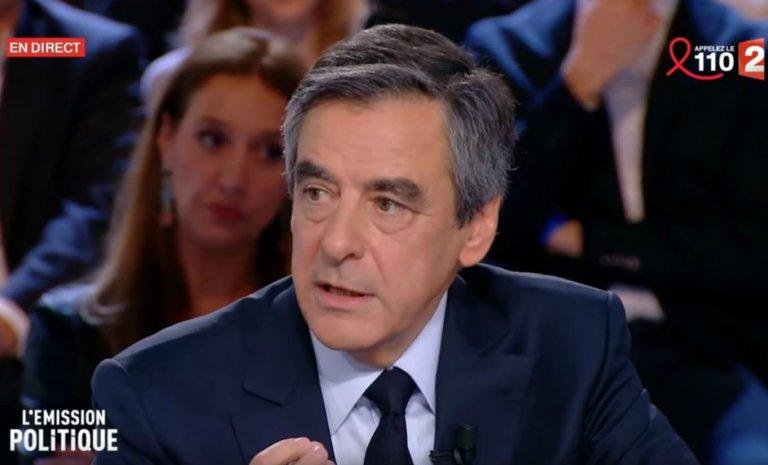 """Retro 2017 (2/8) – François Fillon dénonce un """"cabinet noir"""" de l'Elysée"""