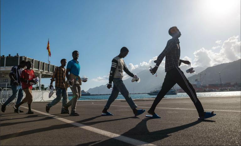 Enquête : Comment les migrants adultes se font passer pour des mineurs isolés