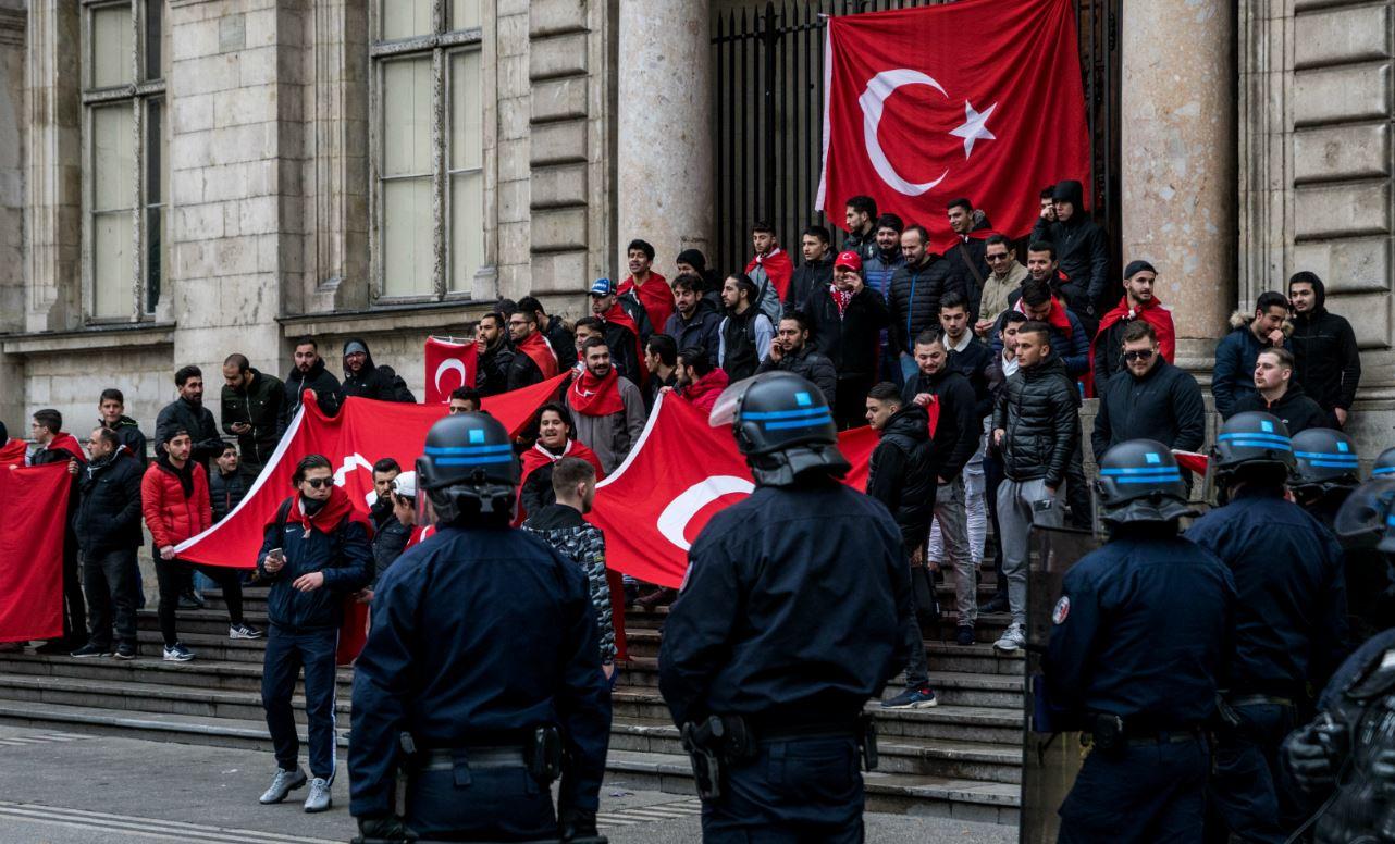 https://www.causeur.fr/wp-content/uploads/2018/02/manifestation-lyon-turquie-erdogan-kurdes.jpg
