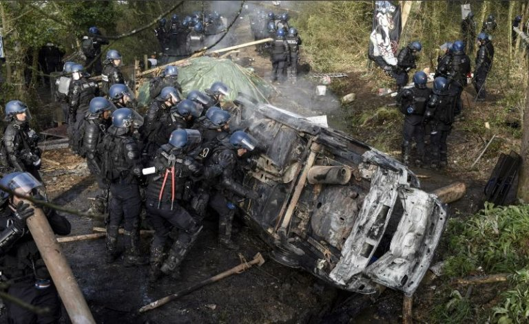 Notre-Dame-des-Landes: les derniers zadistes voulaient casser du gendarme