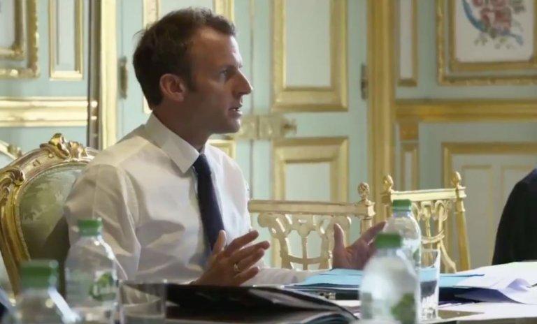 Macron, la politique des petites phrases