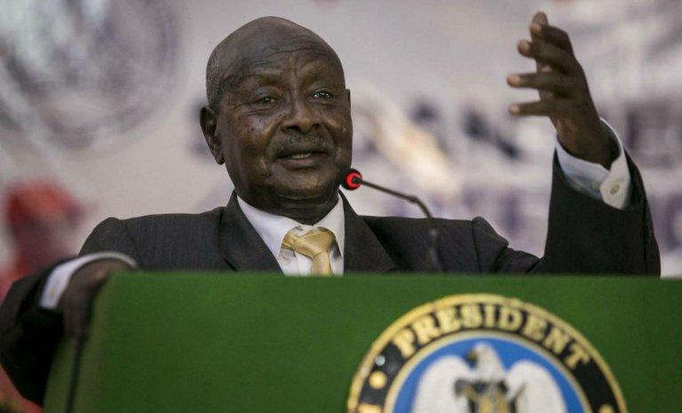 """En Ouganda, une taxe sur """"le commérage"""""""