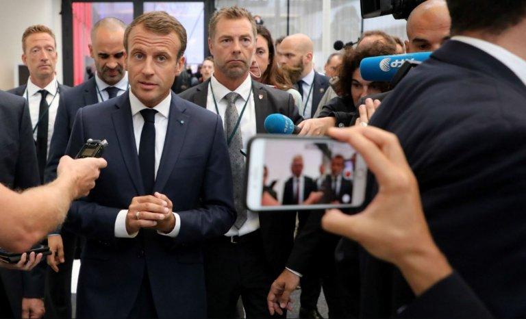 """La dernière ficelle de Macron pour nous vendre """"l'Europe souveraine"""""""
