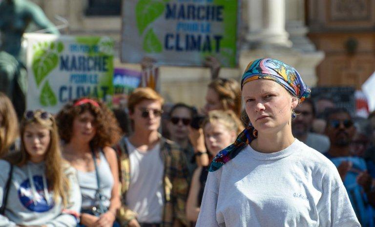 """Pour """"sauver le climat"""", le citoyen doit-il tuer le consommateur?"""