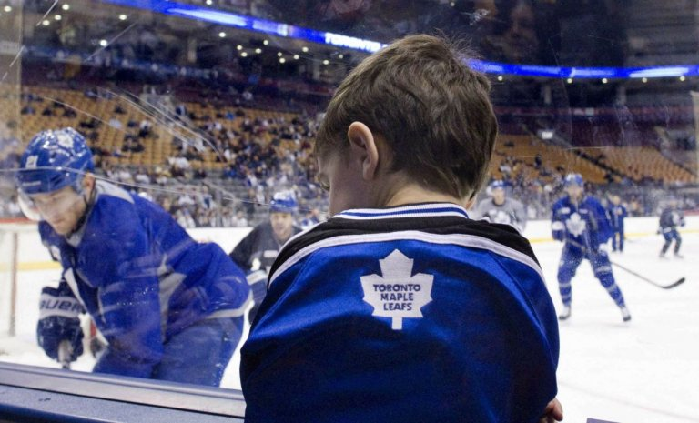 Les jeunes hockeyeurs ontariens seront formés au troisième sexe