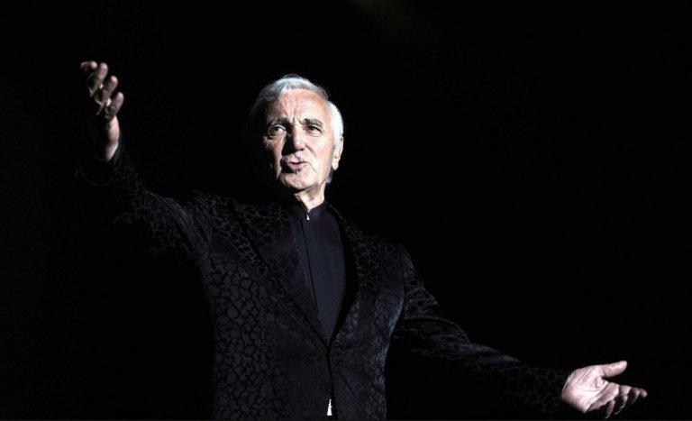 Charles Aznavour, viens voir le comédien…