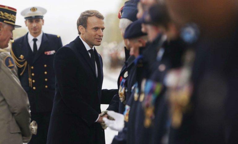 """11 novembre démilitarisé: Macron fabrique l'Histoire et la """"souveraineté européenne"""""""