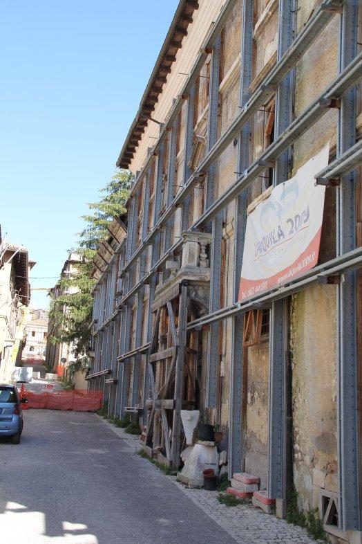 Centre-ville de L'Aquila. Octobre 2018. Photo ; Daoud B