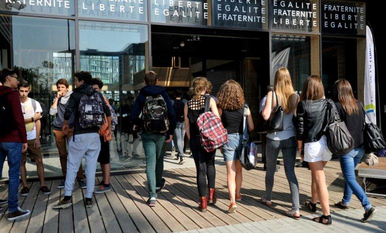 Entre peur et idéologie, l'école abandonne la laïcité