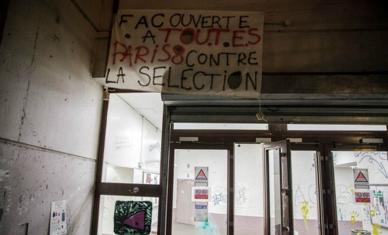 """""""École d'ingénieur·e·s"""" et """"Monsieur la directrice"""": l'écriture inclusive envahit le champ universitaire"""