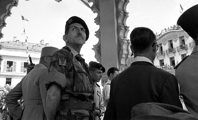 """Jean Sévillia dévoile """"les vérités cachées de la guerre d'Algérie"""""""