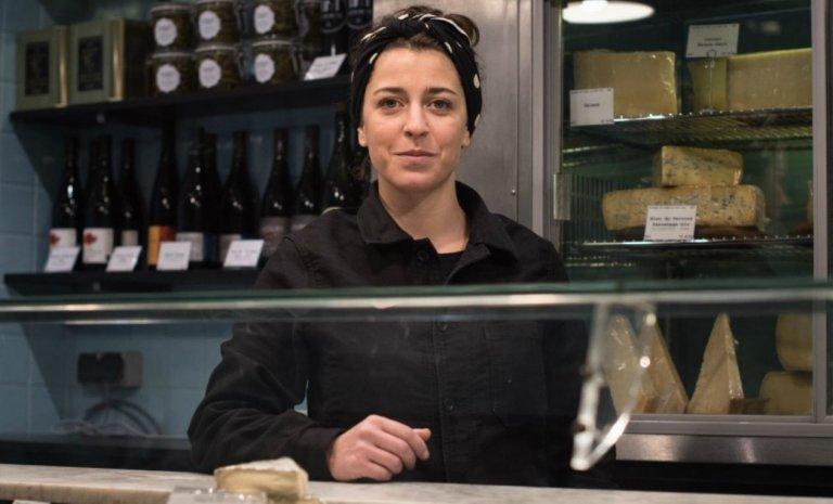 Paris: ex-startupeuse ouvre fromagerie artisanale
