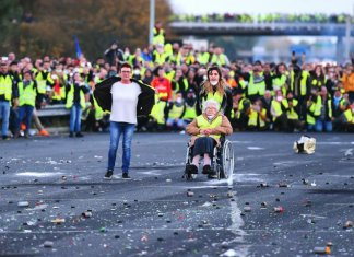 gilets jaunes fn ruffin impots