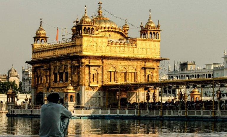 Inde-Pakistan: le temple sikh n'adoucit pas les moeurs