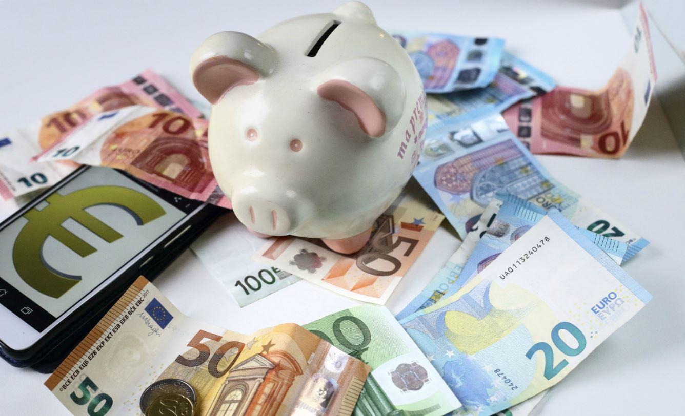 Adopter l'euro sans réformer son économie a coûté cher à la France