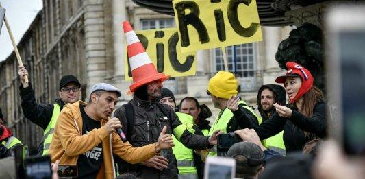 gilets jaunes ric democratie