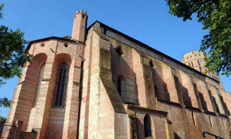 Profanation de la cathédrale de Lavaur: l'Église pardonne, moi pas!