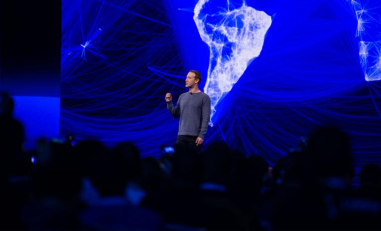 Facebook a fait de nous une colonie numérique des Etats-Unis