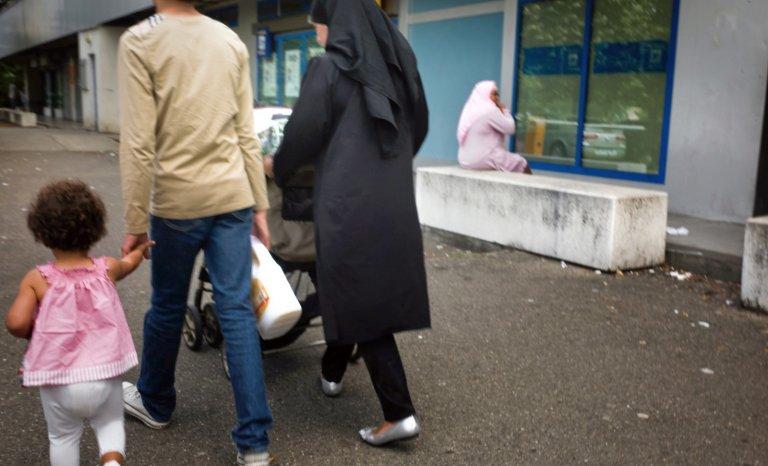 Faut-il interdire les sorties scolaires aux «mamans voilées»?