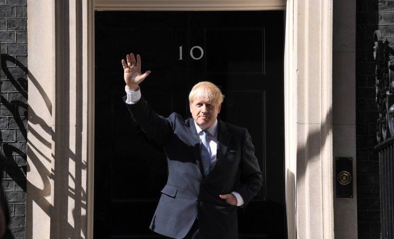 """La Grande-Bretagne parie sur l'optimisme de """"BoJo"""""""