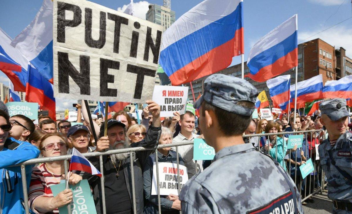 russie poutine navalny feu