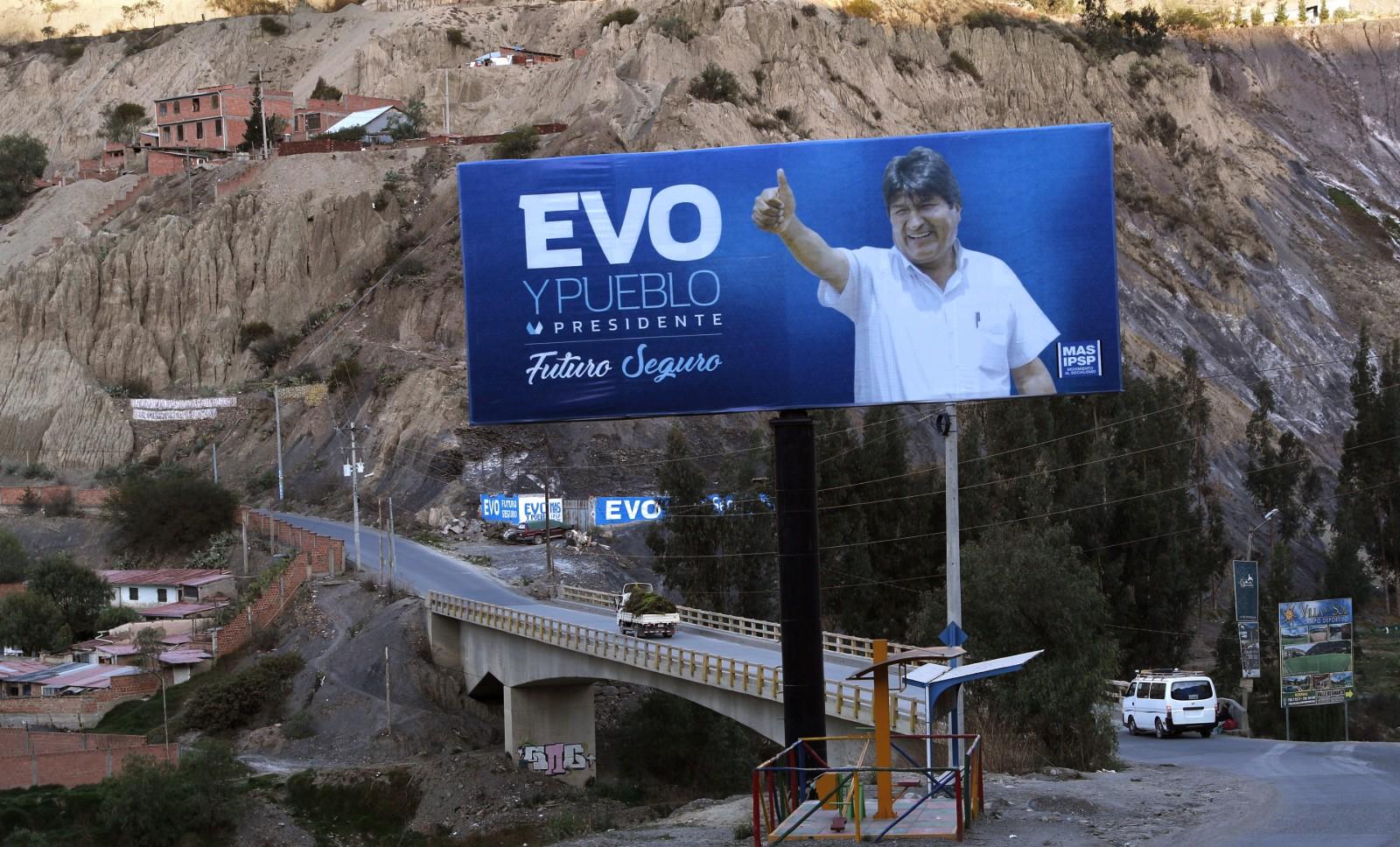 Affiche de campagne pour le président sortant Evo Morales, octobre 2019 ©Juan Karita/AP/SIPA Numéro de reportage: AP22386620_000001