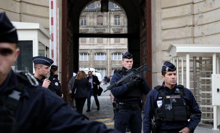 Infiltration islamiste des services publics: enfin prendre des responsabilités politiques