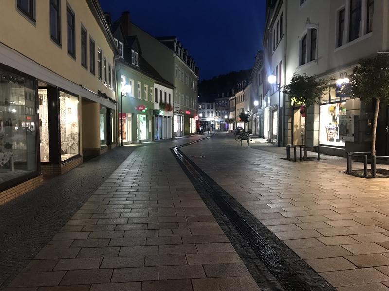 Rue piétonne de nuit, Ilmenau