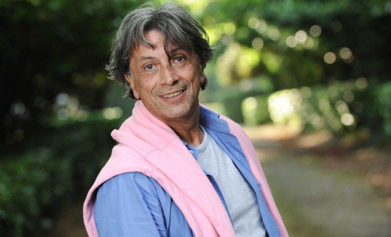 Hervé Vilard chez les bouquinistes