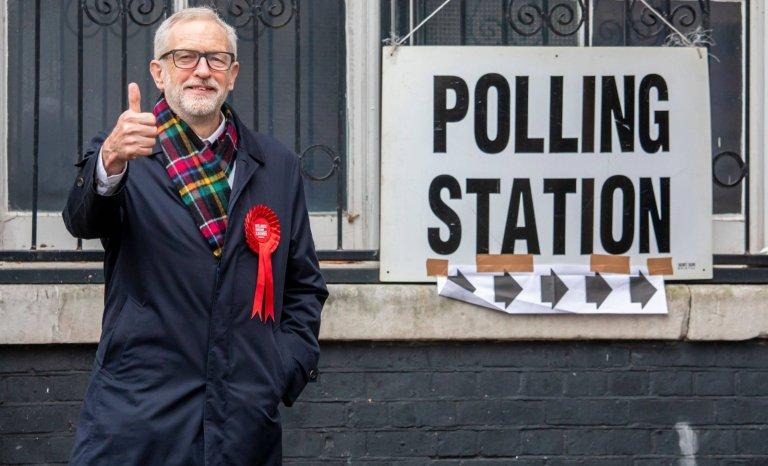 Mélenchon déplore la défaite de Corbyn: tous aux abris!