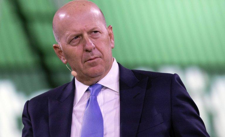 """Goldman Sachs veut plus de femmes et de personnes """"racisées"""""""