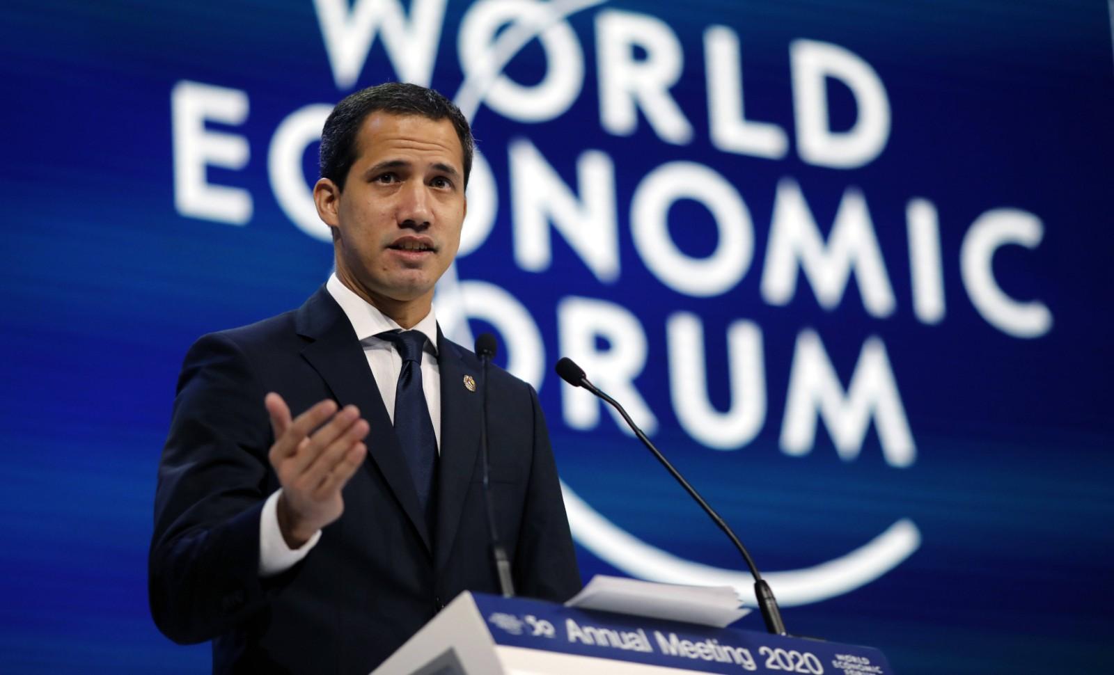 Emmanuel Macron a reçu Juan Guaido à l'Elysée — Venezuela